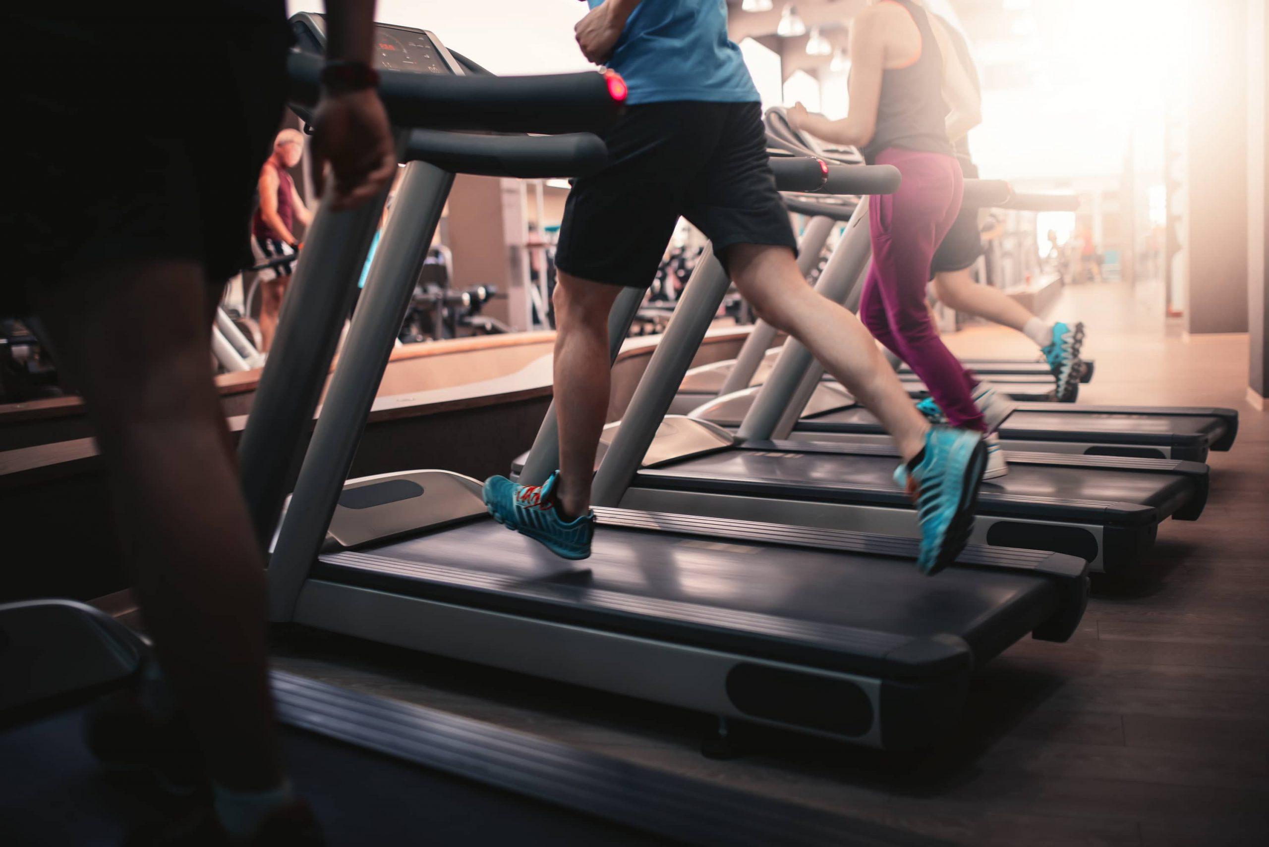 Activité physique et déficit calorique : l'association idéale pour perdre du poids efficacement ?